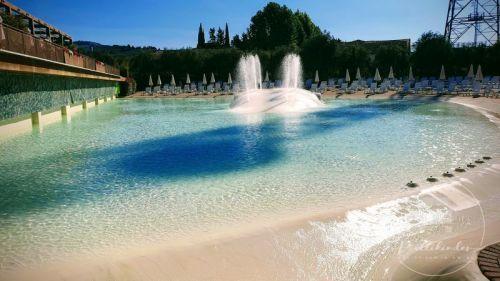 camping-in-town-florenz-pool
