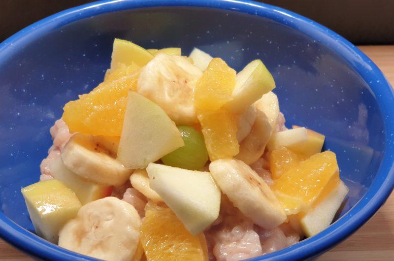 Milchreis mit Obstsalat